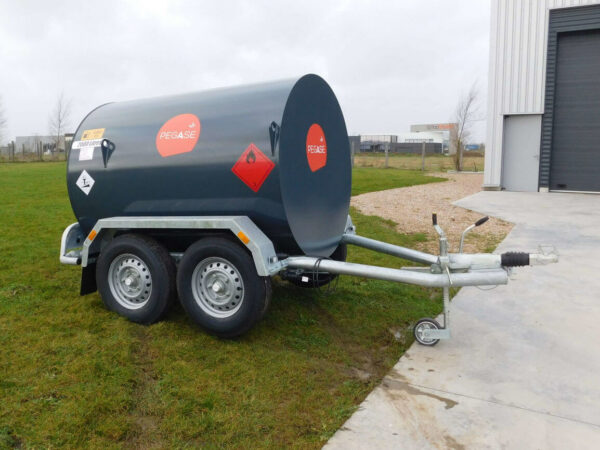 Remorque gasoil 2000 litres double essieu