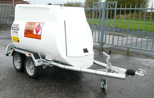 Remorque aviation highway 900 litres Pegase carburant